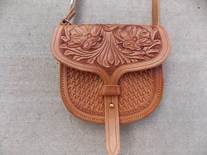 Flower and basket stamped Purse 4
