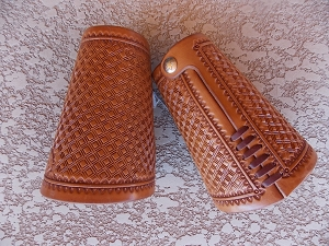 Diamond Stamped Cowboy Cuffs CF106