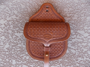 Staple/Saddle Pouch